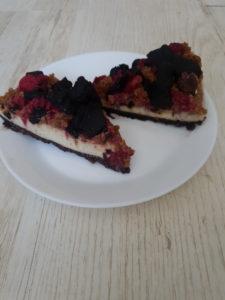 bezglutenowe i wegańskie ciasto orzechowo-czekoladowo-malinowe